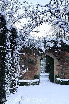Abbey House Garden in Winter, Malmesbury