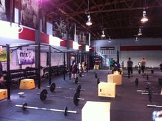 How To Choose A CrossFit Gym - What You MUST Know