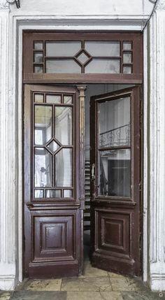 Wooden Door Design, Main Door Design, Wooden Doors, Classic Doors, Windows And Doors, Ukraine, Cities, Arch, Houses