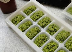 Freeze homemade pesto for future use. | 23 Genius Ways To Use An Ice Cube Tray Good idea since my basil going crazy