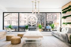 For MNDFL's second New York meditation studio on the Upper East Side, Homepolish's Shelly Lynch-Sparks and Ariel Farmer created a sense of calm infused with some uptown sophistication.