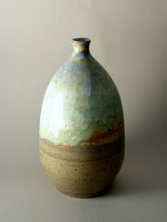 Some lovely Crystaline glazes by this potter >> ta też na jeden kwiat.