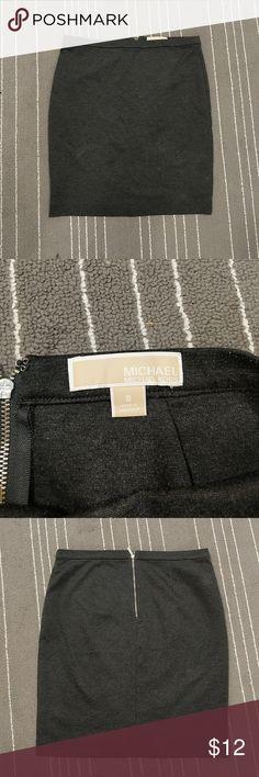 Michael kors skirt size 8 Grey Michael kors skirt tight, slight pilling price reflect make an offer! Michael Kors Skirts Pencil