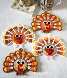 Crochet Turkey Coasters And Ornaments | Free Pattern & Tutorial at CraftPassion.com    http://www.craftpassion.com/2011/11/crochet-turkey-coasters-and-ornaments.html/2#