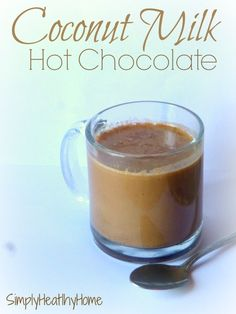 Coconut Milk Hot Choclate * NOTE: Sub sugar w. Paleo Dessert, Gluten Free Desserts, Dairy Free Recipes, Real Food Recipes, Smoothie Drinks, Smoothies, Yummy Drinks, Healthy Drinks, Hot Chocolate Recipes