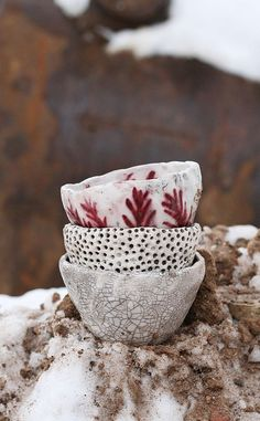 ceramic raku の marika akilova racu bowls pottery clay Ceramic Clay, Ceramic Bowls, Ceramic Pottery, Pottery Pots, Thrown Pottery, Slab Pottery, Porcelain Ceramics, Earthenware, Stoneware