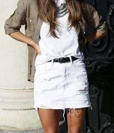 8bc9dc034d1 distressed white denim skirt White Skirt Outfits