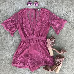 Night Out When It's Cold - 49 Lovely Winter Date Night Outfit Ideas to Try This Season Casual Dresses, Casual Outfits, Cute Outfits, Fashion Outfits, Womens Fashion, Romper Outfit, Lace Romper, Swoon Boutique, Vetement Fashion