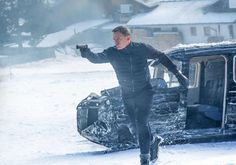 Spectre Sets U.K. Opening Week Records & Demolishes $80.4m in Int'l Box office