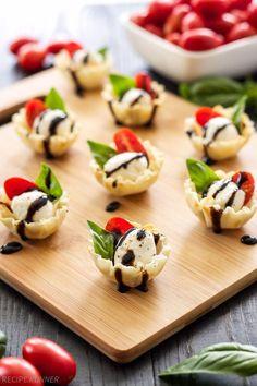 Mini Caprese Cups #caprese #appetizer #snack