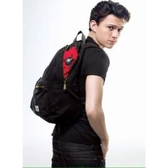 Read Peter from the story Tom Holland by Azusalwl (Holland) with reads. Emparejamiento: Peter Parker x lectora Reade. The Avengers, Baby Toms, Tom Holland Peter Parker, Tommy Boy, Men's Toms, Evans, Marvel Actors, Celebrity Crush, Handsome