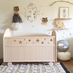 Lit roulotte Étoiles Brut Decoration, Toy Chest, Cosy, Storage Chest, Nursery, Cabinet, Interior, Handmade, Furniture