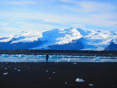Jokulsarlon Beach with Vatnajökull in background
