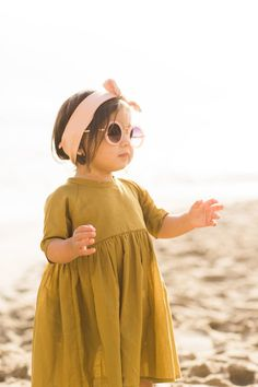 mini style is a visionary mini lifestyle site, where our unique inspirations become your beautiful creations. Toddler Fashion, Kids Fashion, Mini Lifestyle, Babys, Kids Outfits, Classy, Crop Tops, Boho, Spring