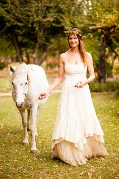 Explore range of Karoo Wedding Photographs by Wedding Photographer Sarina Engelbrecht. Wedding Shoot, Wedding Dresses, Autumn Bride, Destination Wedding, Flower Girl Dresses, Weddings, Model, Fashion, Bride Dresses