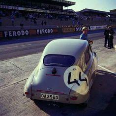 Saab at Le Mans 1959 - automobil Vintage Racing, Vintage Cars, Le Mans 24, Saab 900, Motor Car, Motor Sport, Car Car, Aston Martin, Volvo