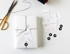 gift wrapping valuable ideas – Gift Ideas Anywhere Creative Gift Wrapping, Present Wrapping, Creative Gifts, Wrapping Ideas, Paper Packaging, Jewelry Packaging, Gift Packaging, Product Packaging, Packaging Design Inspiration