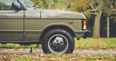 Trooping the colours of autumnal London in a regal Range Rover Range Rover Classic, Range Rover Supercharged, Autumnal, Troops, Ranger, 4x4, Colours, Transportation, Magazine