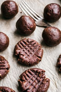 Flourless Chocolate Peanut Butter Brownie Cookies | Occasionally Eggs