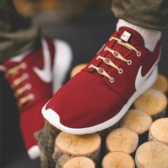 Khaki & Burgundy Elastic Laces by HICKIES
