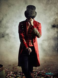 PT Barnum - The Northern Costumiers - Cosplay by NorthernCostumiers Hugh Michael Jackman, Hugh Jackman, The Greatest Showman, Circus Aesthetic, Pt Barnum, Hamilton Wallpaper, Dark Circus, Night Circus, Circus Theme