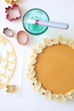 Bake the ultimate fall dessert with this easy pumpkin pie recipe and pointers for a perfect pie crust. Join Kim Byers at The Celebration Shoppe for more holiday crafts and baking ideas! Perfect Pumpkin Pie, Easy Pumpkin Pie, Pumpkin Pie Recipes, Thanksgiving Food Crafts, Friends Thanksgiving, Holiday Crafts, Yummy Treats, Sweet Treats, Easy Pie Crust