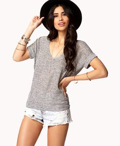 Marled Knit High-Low Top | FOREVER21 What would you pair with this tee? #Summer #VNeck #SemiSheer