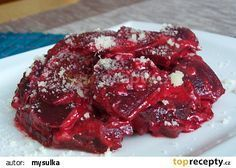 Gratinovaná červená řepa recept - TopRecepty.cz Czech Recipes, Slider Recipes, Meatloaf, A Table, Steak, Food And Drink, Health Fitness, Healthy Eating, Vegetarian