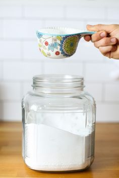 Cleaning Tips Homemade OxiClean Laundry Booster. Ditch the Oxi-Clean and get those whites white with Homemade Cleaning Products, Cleaning Recipes, Natural Cleaning Products, Cleaning Tips, Green Cleaning, Cleaning Solutions, Cleaning Supplies, Cleaners Homemade, Diy Cleaners