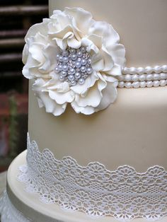 Sugar Lace Wedding cake   Flickr - Photo Sharing!