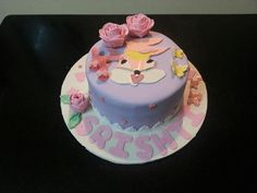 Lola rabbit cake