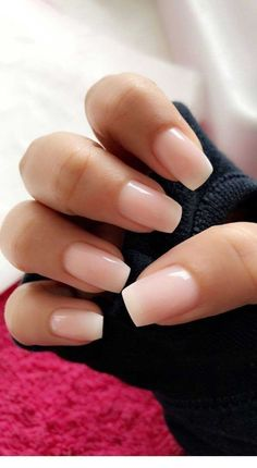 -Bridal Nails Kurze Nageldesigns, How to Create Beautiful New Year's Nails, Pink Nails, Hair And Nails, Gradient Nails, Nails At Home, Trendy Nails, Cute Nails, Natural Color Nails, Short Natural Nails