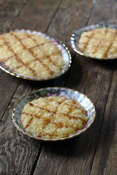 Arroz Doce – Portuguese Sweet Rice recipes - Social Cooking Engine Portuguese Rice, Portuguese Sweet Bread, Portuguese Desserts, Portuguese Recipes, Alcoholic Desserts, Gourmet Desserts, Delicious Desserts, Dessert Recipes, Yummy Food