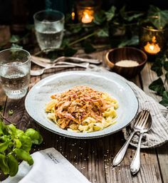Vegetarisk stroganoff med sötpotatis och pasta Vegetarian Recipes, Food Photography, Veggies, Pasta, Ethnic Recipes, Concept Board, Foods, Dinners, Drinks