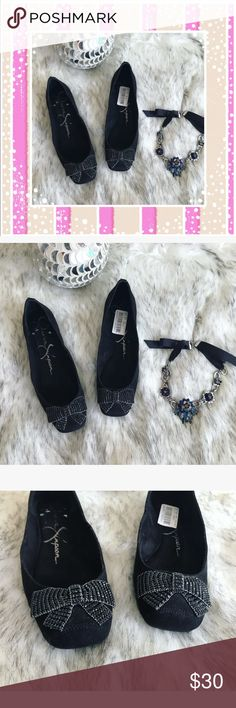 🎀 Beautiful Jessica Simpson flats 🎀 💝 These are so beautiful and super comfy I never wear them size 7.5 💝 Jessica Simpson Shoes Flats & Loafers
