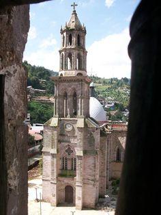 Pueblo majico. Angangeo Michoacan Mexico.