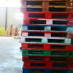 #palets #madera #colores #taller582 #europalet #wood #colours #pile