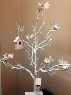 Easter tree decorating idea