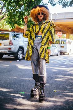 17 times Africans showed how it's done at African Festivals - Eleksie Noir Source by indiafae style Festival Looks, Festival Mode, Festival Fashion, Festival Style, Alternative Mode, Alternative Fashion, Punk Outfits, Fashion Outfits, Scene Outfits