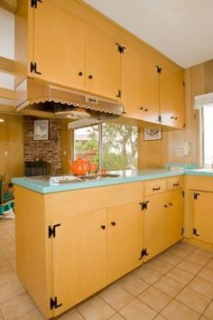 1960s kitchens | Colonial-meets-Modern 1960s kitchen to make you very, very happy ...