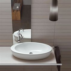 Nido 75 surface-mounted washbasin - Production of designer sanitary appliances in ceramic, bathroom furnishings and accessories Countertop Basin, Countertops, Ceramic Materials, Towel Rail, Small Bathroom, Bathroom Ideas, Innovation Design, Modern Design, Sink