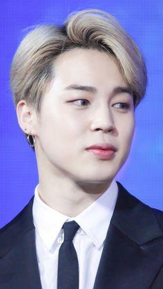 Bts Bangtan Boy, Bts Jimin, Cute Love Wallpapers, Jimin Wallpaper, Korean Bands, Vmin, Baby Daddy, Anime Art Girl, Korean Singer