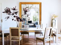 7+Essentials+for+a+Beautiful+Dining+Space+via+@MyDomaine