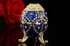 Blue Gold Easter Egg Fashion Europe Faberge Aloy Pewter Trinket Box Gift Case #bluegold #blue #gold #blueegg #goldegg #easteregg #easter #fashion #fashionegg #europefaberge #europe #faberge #fabergeegg #egg #aloypewter #aloy #pewter #trinketbox #box #boxgift #gift #giftcase #case #ebay #buy