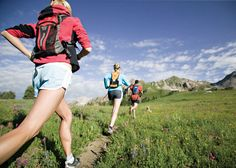 Winding pathways by a gurgling creek, rough mountain trails with lung-searing climbs, soft dirt roads- Boulder, Colorado has everything to make it a perfect running destination.