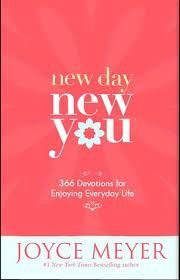 good book to read in the mornings...always starts my day off just right. (=