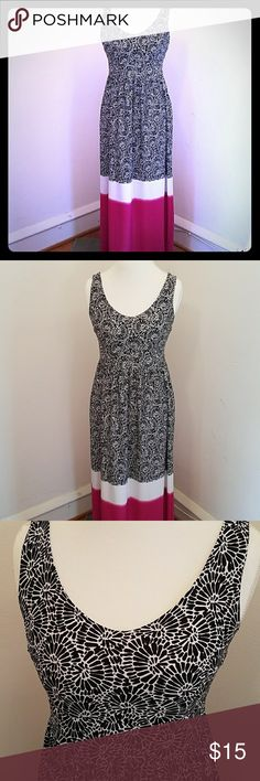 Skye's the Limit maxi dress size small Skye's the limit maxi dress size small. Adorable maxi dress with black and white floral print a white band and a large hot pink band across the bottom, from the waist up the bodice is fully lined very comfortable dress hangs nicely this can be your everyday dress, backside has elastic stretch for more give. The length of the dress from the top of the shoulder to the bottom is 49 inches. Skye's the Limit Dresses Maxi