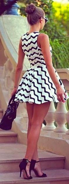 Daily New Fashion : Cute Sleeveless Chevron Summer Dress