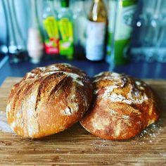 Chleb pszenny na żytnim zakwasie Bread, Brot, Baking, Breads, Buns