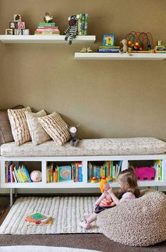 Children's room decor – as exciting as it is to decorate the birth of a baby … - DIY Kinderzimmer Ideen Diy Nursery Decor, Nursery Ideas, Nursery Crafts, Decor Room, Big Girl Rooms, Kids Rooms, Small Rooms, Toddler Rooms, Bedroom Storage